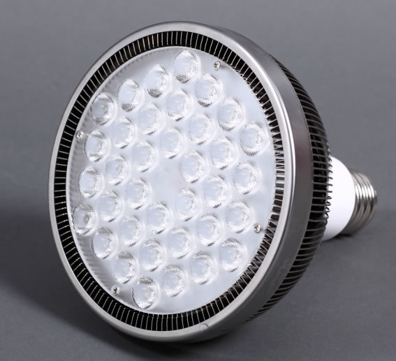 PAR38SA36PY :: PAR 38 LED ULTRA PUISSANT  220V 36W BLANC CHAUD
